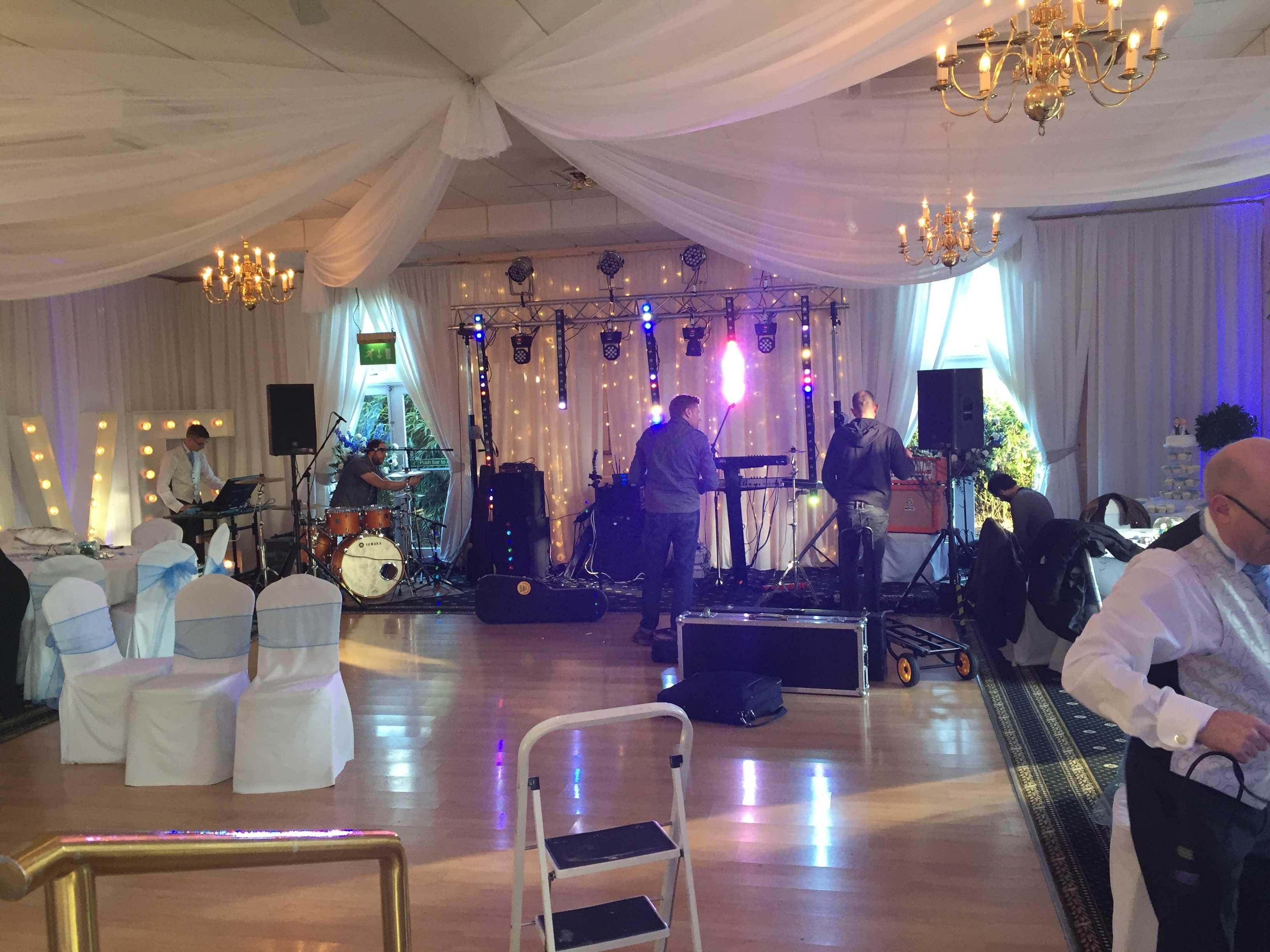 wedding band rutland
